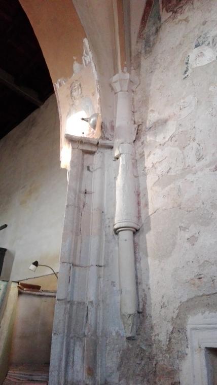 interior biserica evanghelica Darlos