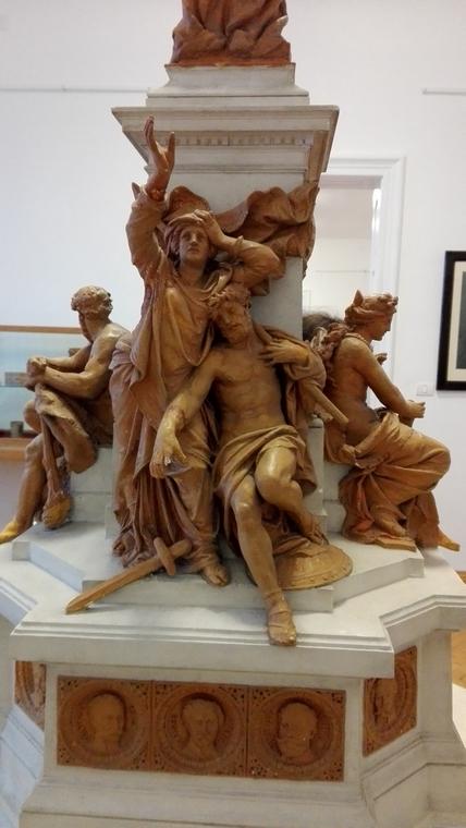 Statuia Libertatii, Arad