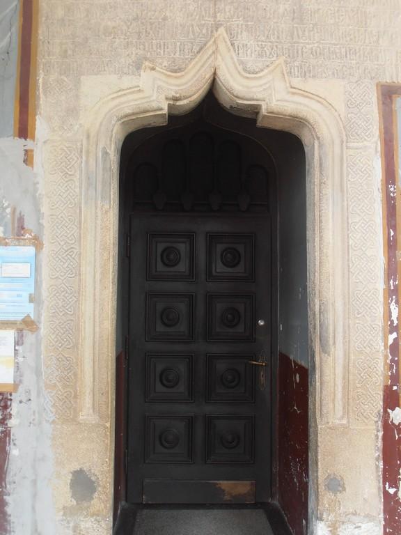Biserica-din-Manastirea, obiective turistice Calarasi, Romania