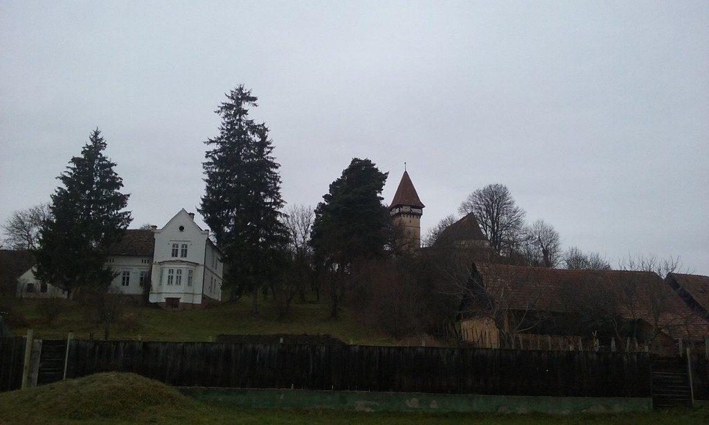 Biserica fortificata Merghindeal