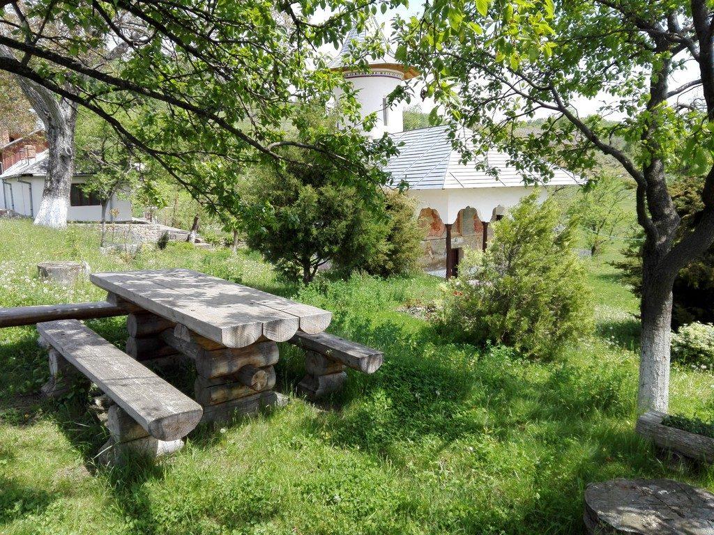 Manastirea Carnu, Buzau