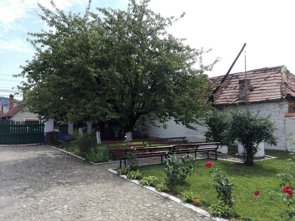 Casa memoriala Lucian Blaga, Lancram, Transilvania, obiective turistice Romania,infoturism, Retezat