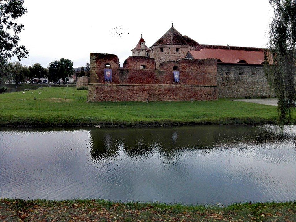 Cetatea Fagarasului, obiective turistice Brasov, Romania (29)