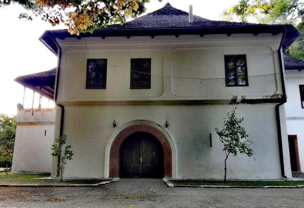 Cula, Casa Glogovenilor, obiective turistice Mehedinti, Romania