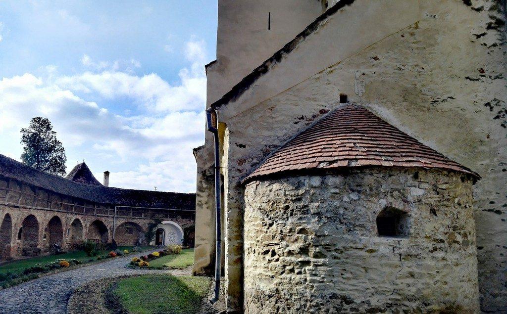 Biserica evanghelica Cisnadie, obiective turistice Sibiu, Romania (71)