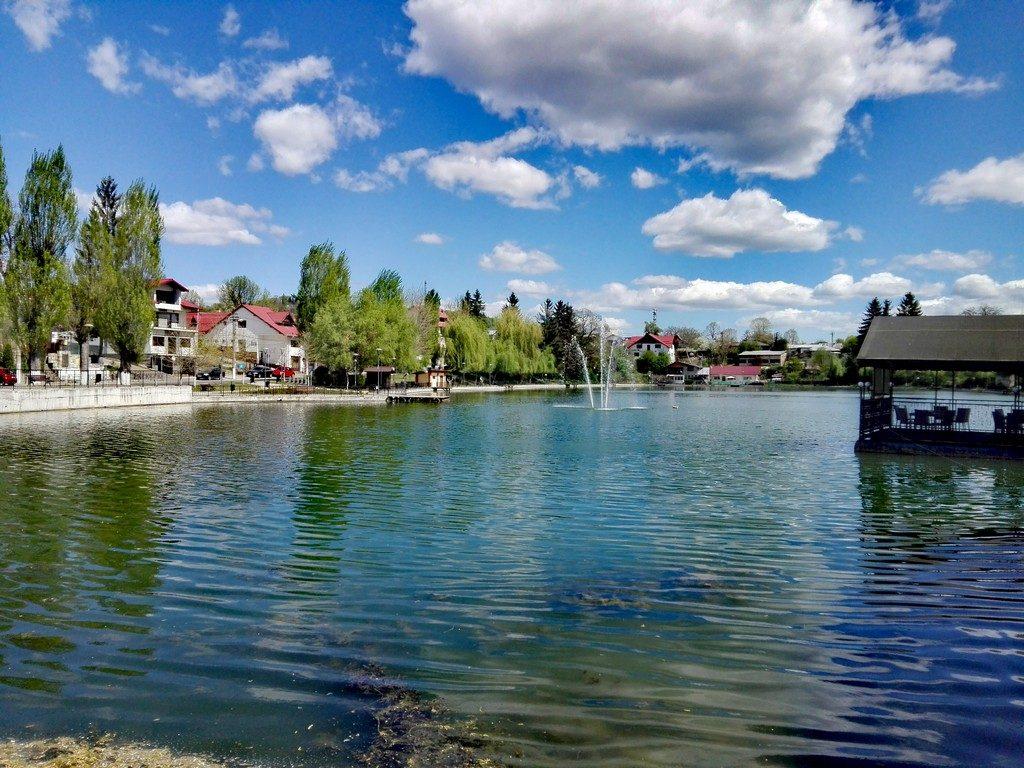 parcul lacul bisericii, obiective turistice Campina, Romania, Castelul Hasdeu