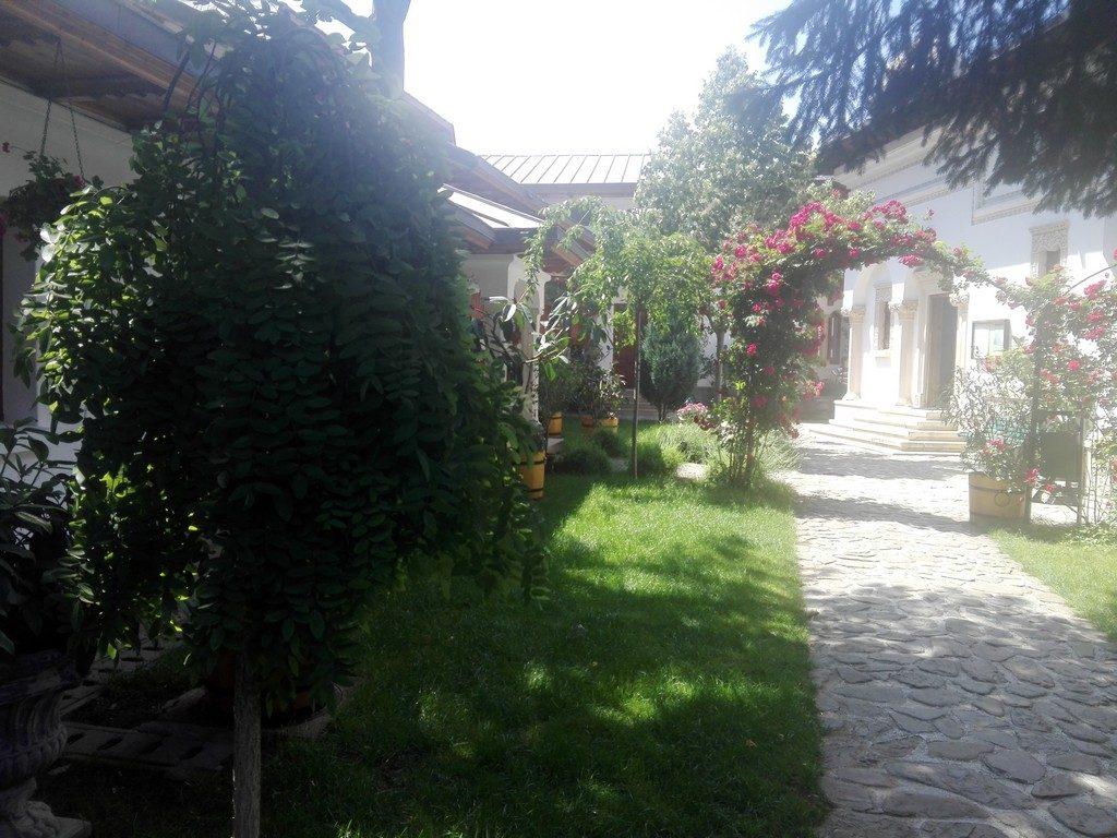 Biserica Schitul Darvari, obiective turistice Bucuresti, Romania
