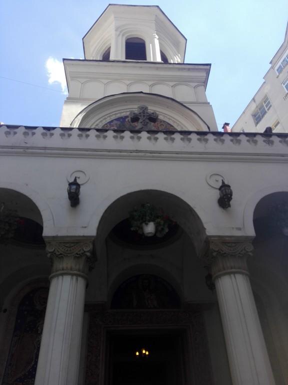 Biserica Sfantul Ioan Nou, Unirii, obiective turistice Bucuresti, Regele Mihai