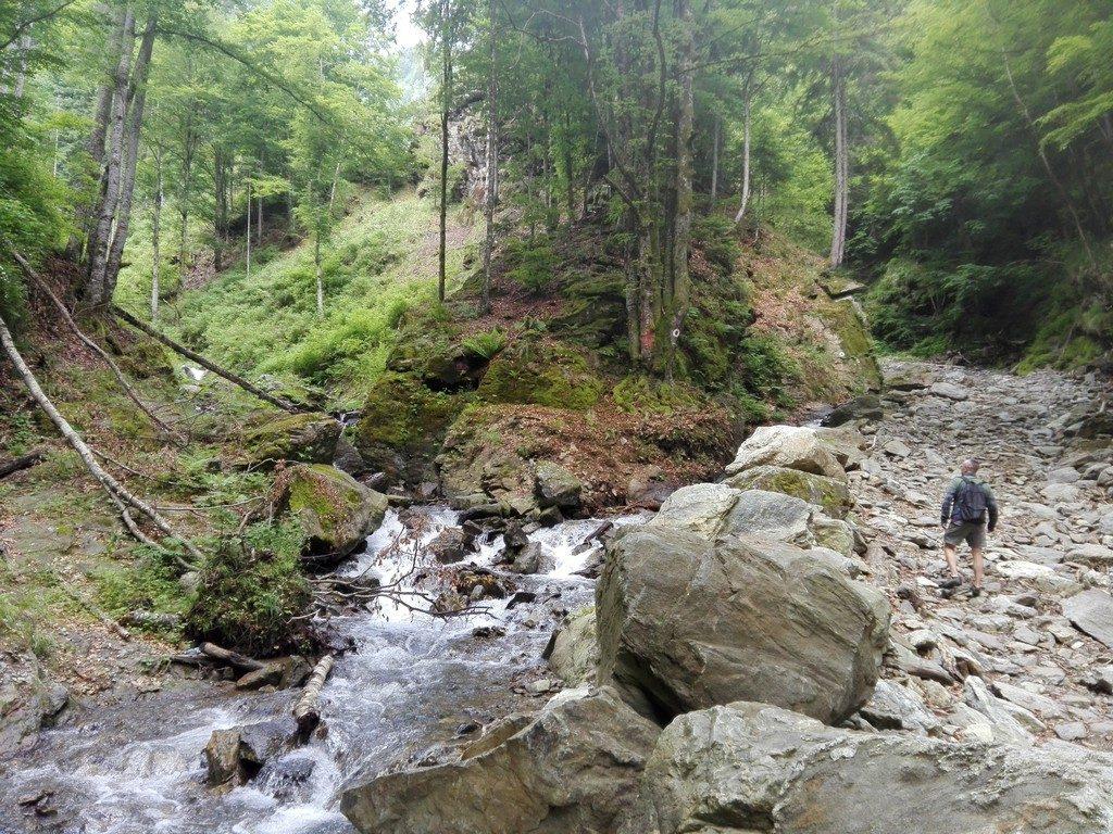 Cascada Scorusu sau a lui Ciuca, Malaia Valcii, Valcea obiective turistice, Valea Oltului, Transalpina, Vidra, Voineasa, Romania