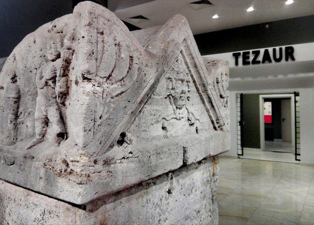 Muzeul Dunarii de Jos, muzeu de istorie, obiective turistice Calarasi, Romania, faleza Dunarii, Vicina, Pacuiul lui Soare , Calarasi obiective turistice