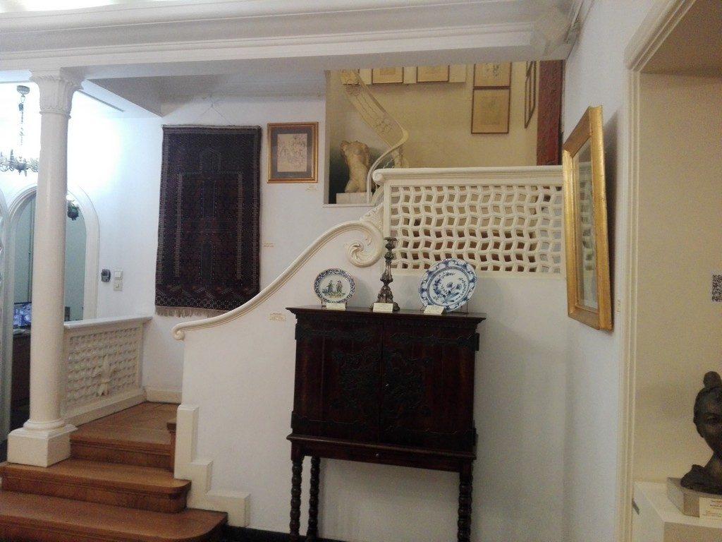 Muzeul de arta Vasile Grigore, obiective turistice Bucuresti, Romania