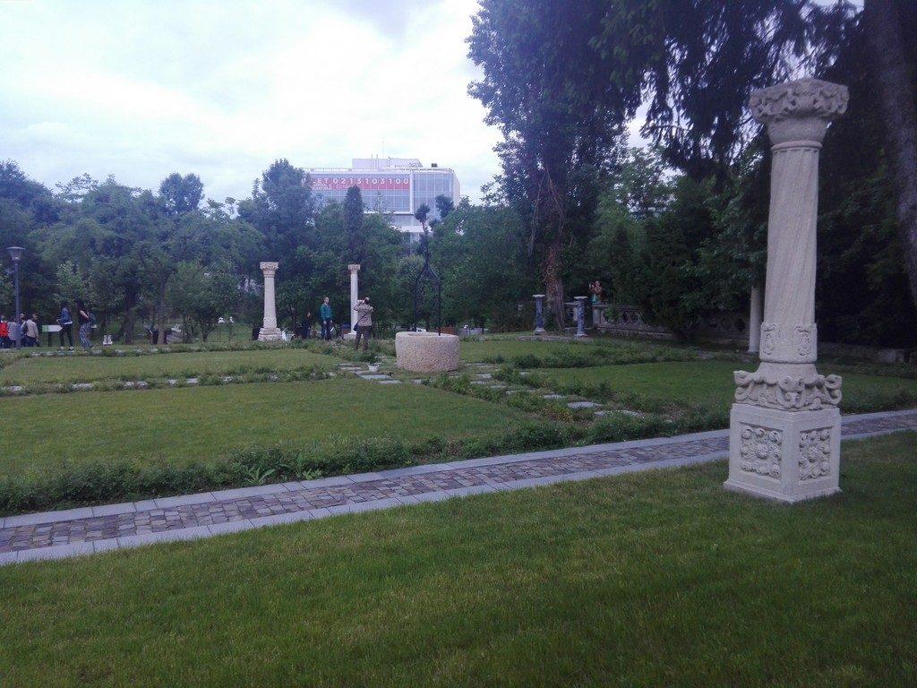 Muzeul de arta populara Nicolae Minovici, obiective turistice Bucuresti, Romania