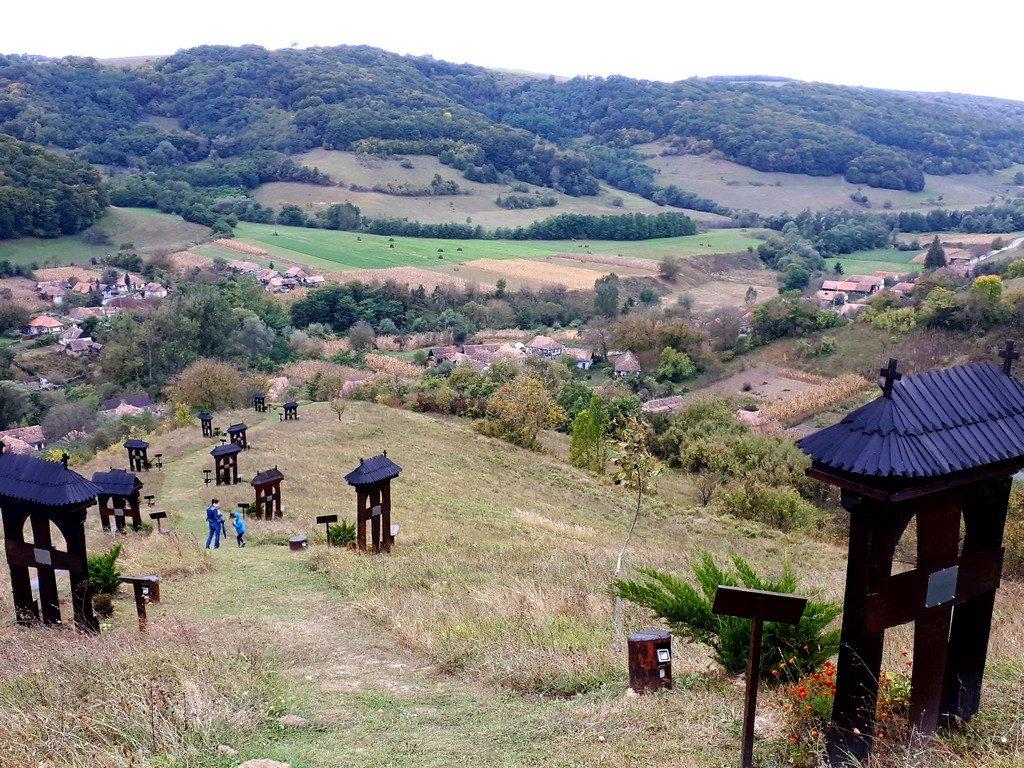 Calvarul secuiesc de la Vetca, Sangeorgiu de Padure, obiective turistice Mures