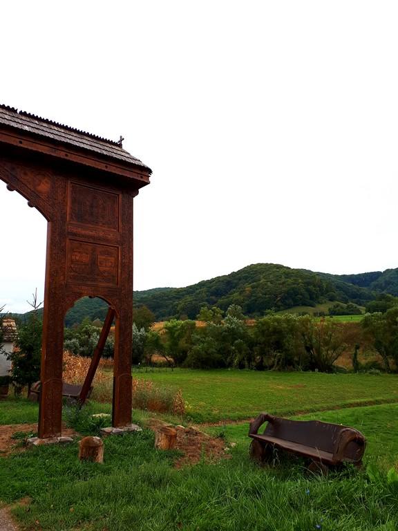 Calvarul secuiesc de la Vetca, Sangeorgiu de Padure, obiective turistice Mures, Covasna, Romania