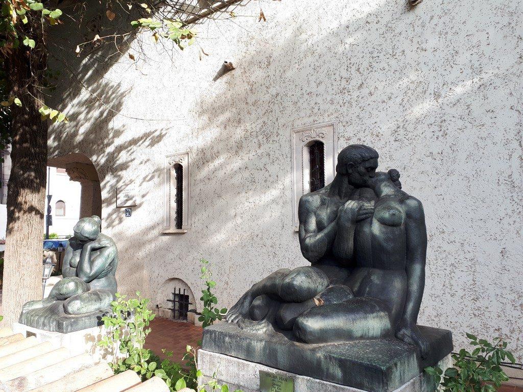 sculpturi Oscar Han, Muzeul de arta Zambaccian Krikor, obiective turistice Bucuresti, Romania