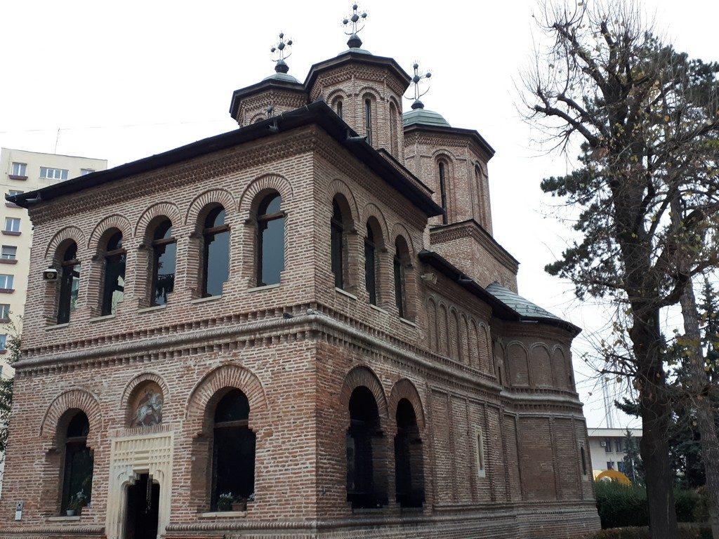 Biserica Domneasca Sfantul Gheorghe Pitesti, cladiri istorice, obiective turistice Arges, Romania