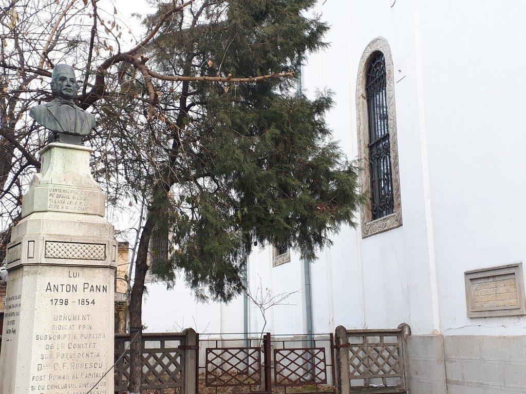 Biserica Stelian, Lucaci, mormantul lui Anton Pann, obiective turistice Romania, Bucuresti