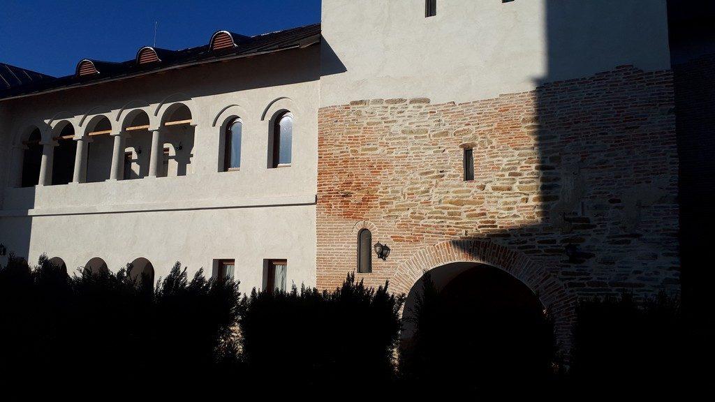 Manastirea Nucet, obiective turistice Dambovita, Romania