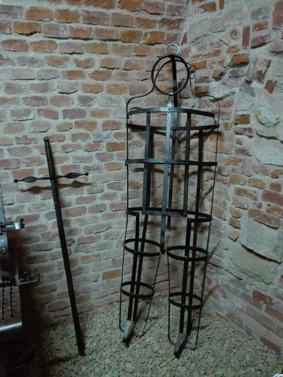 Muzeul orasului Oradea din Cetate, Muzeul Cetatii, arta cotemporana, istorie, obiective turistice, Romania, Transilvania