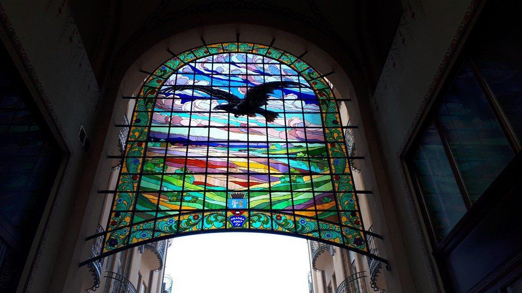 Pasajul Vulturul Negru, obiective turistice Oradea, Transilvania, Romania