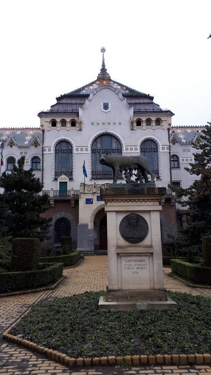 obiective turistice Targu Mures, Romania, cladiri istorice, secesion