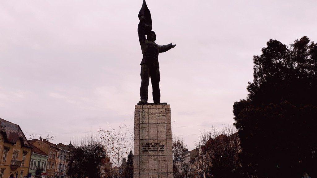 statuia Eroilor Targu Mures, Romania, obiective turistice, arhitectura Transilvania