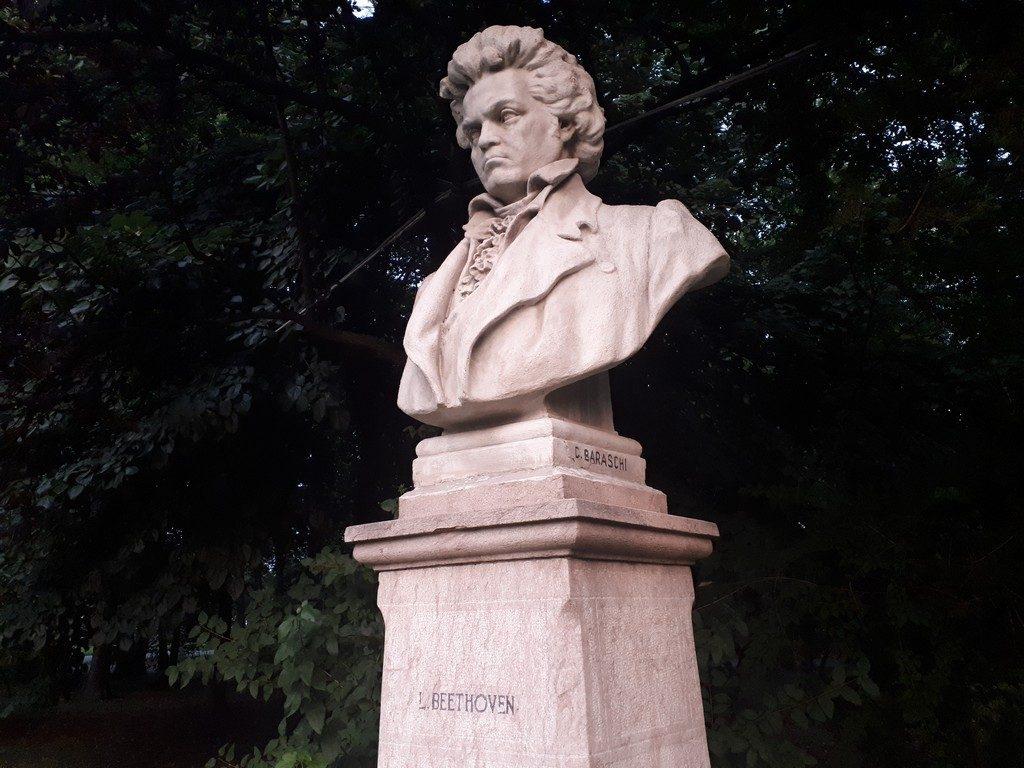 Sculpturi Parc Herastrau, obiective turistice Bucuresti, Ion Jalea, Baraschi, Oscar Han