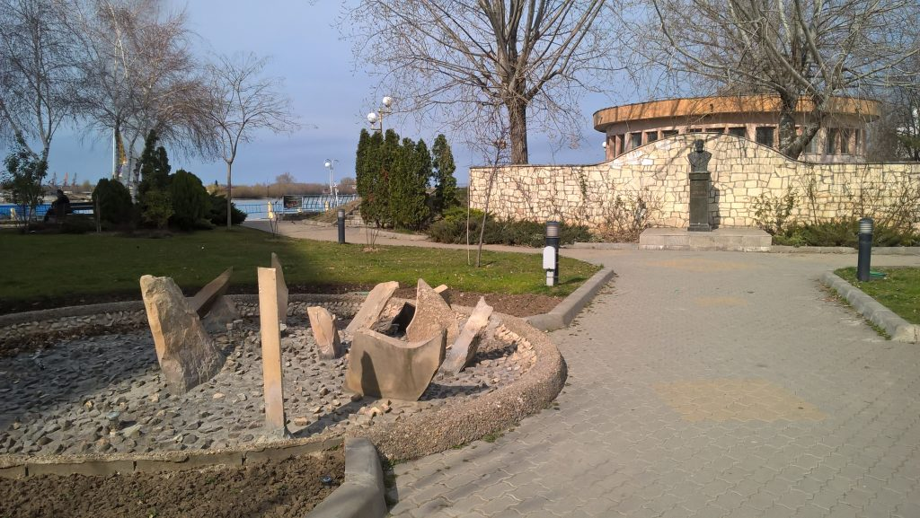 Faleza Dunarii Tulcea, obiective turistice Romania