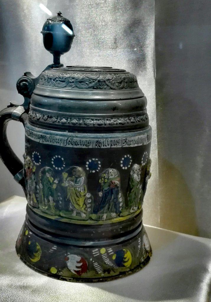 Muzeul de Istorie si Arheologie Tulcea, obiective turistice Romania, Dealul Monumentului
