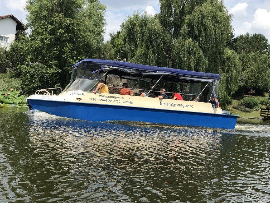 Caiac canoe lacul Snagov, artha park, Bucuresti, Romania, obiective turistice, vaporas