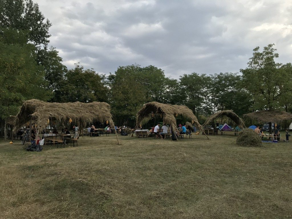 Printre Maguri, Magureni, festival folk, Poesis, Dinu Olarasu, Vali Vatuiu, Mircea Vanca, (1)