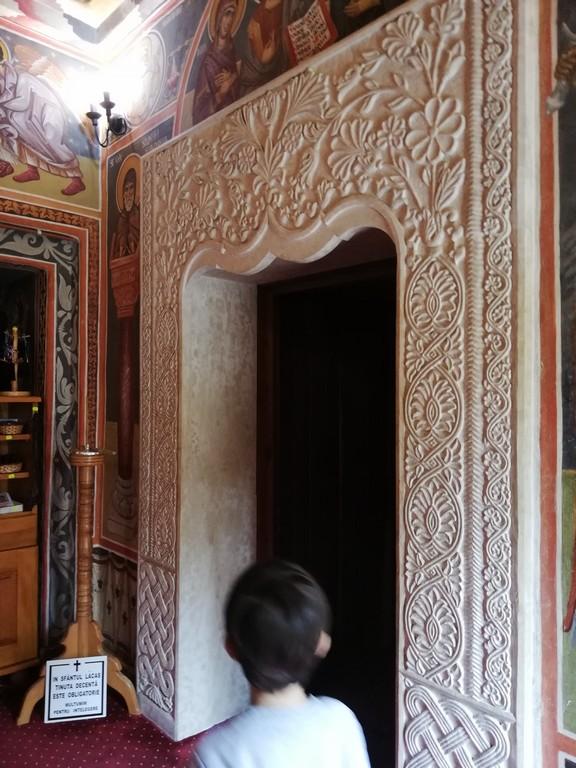 monument istoric, arhitectura, Manastirea Robaia, Parvu Mutu, obiective turistice Romania