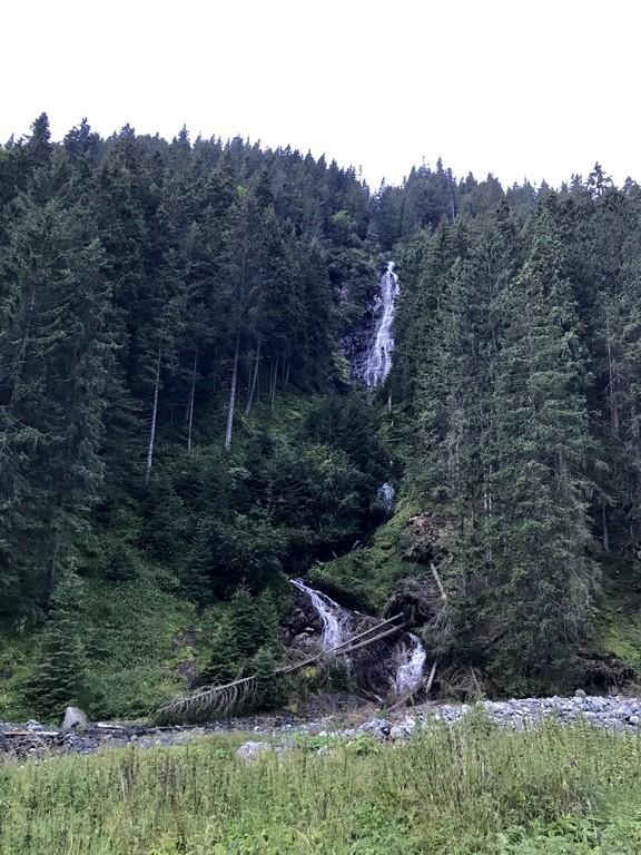 Varful Moldoveanu, Valea Rea, Muntii Fagaras, Romania, obiective turisticee, traseu montan, stana lui Burnei