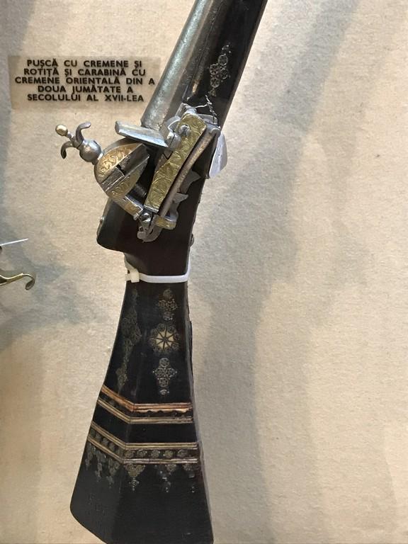 pusca cu cremene, obiective turistice Bucuresti, Romania, Muzeul Militar Regele Ferdinand
